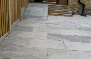 Stone Paving and fencing BByoung.co.uk
